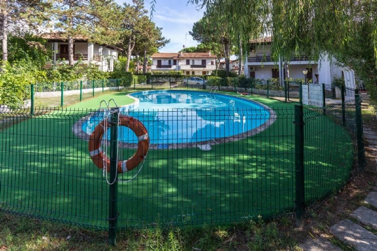residence con piscina lido spina