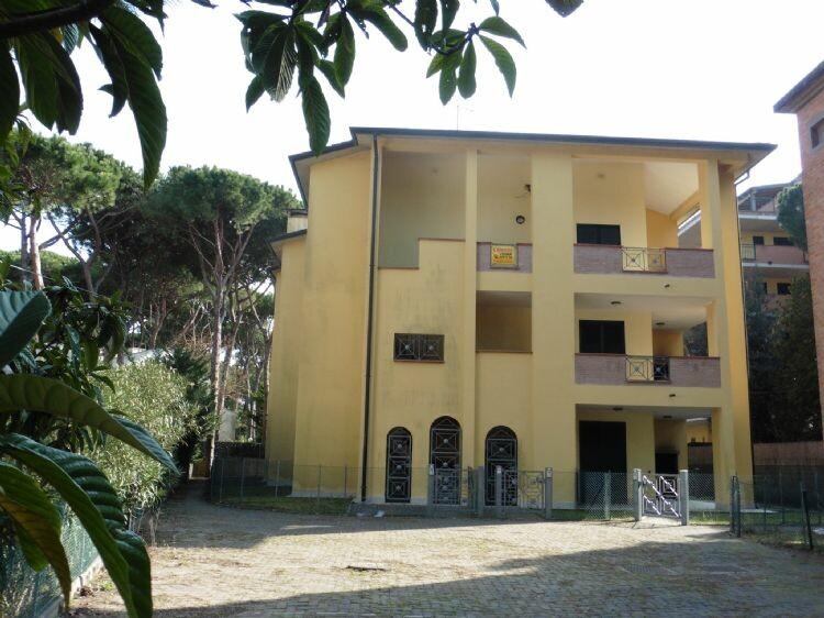 Affitti vacanze appartamenti al lido di spina residence for Affitti appartamenti
